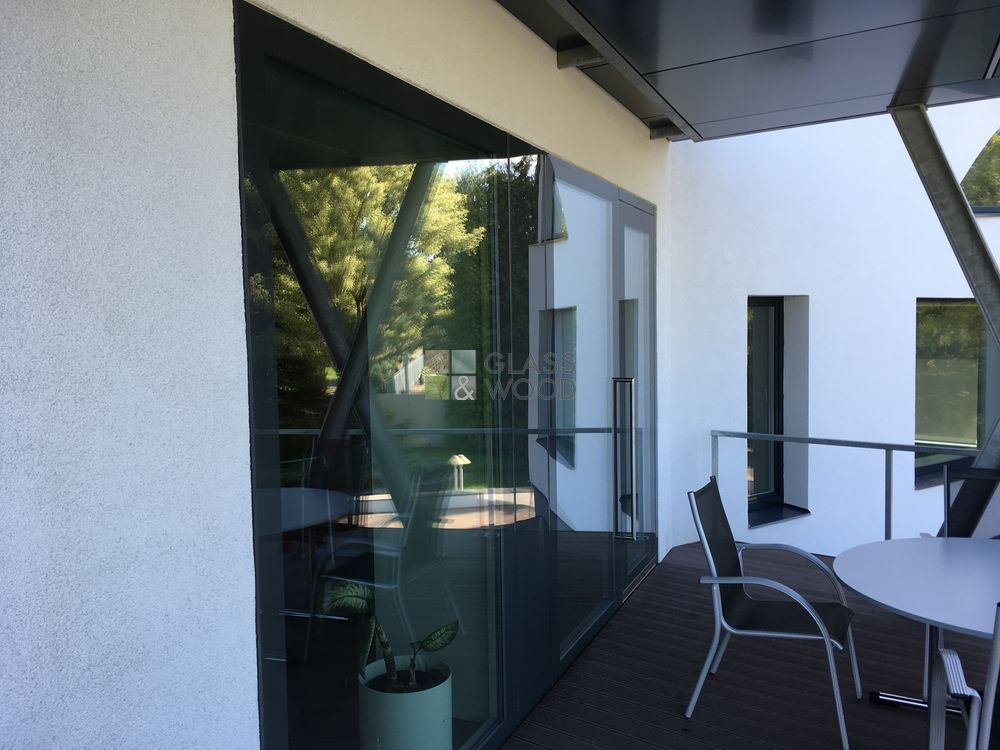 Structural glazing doors