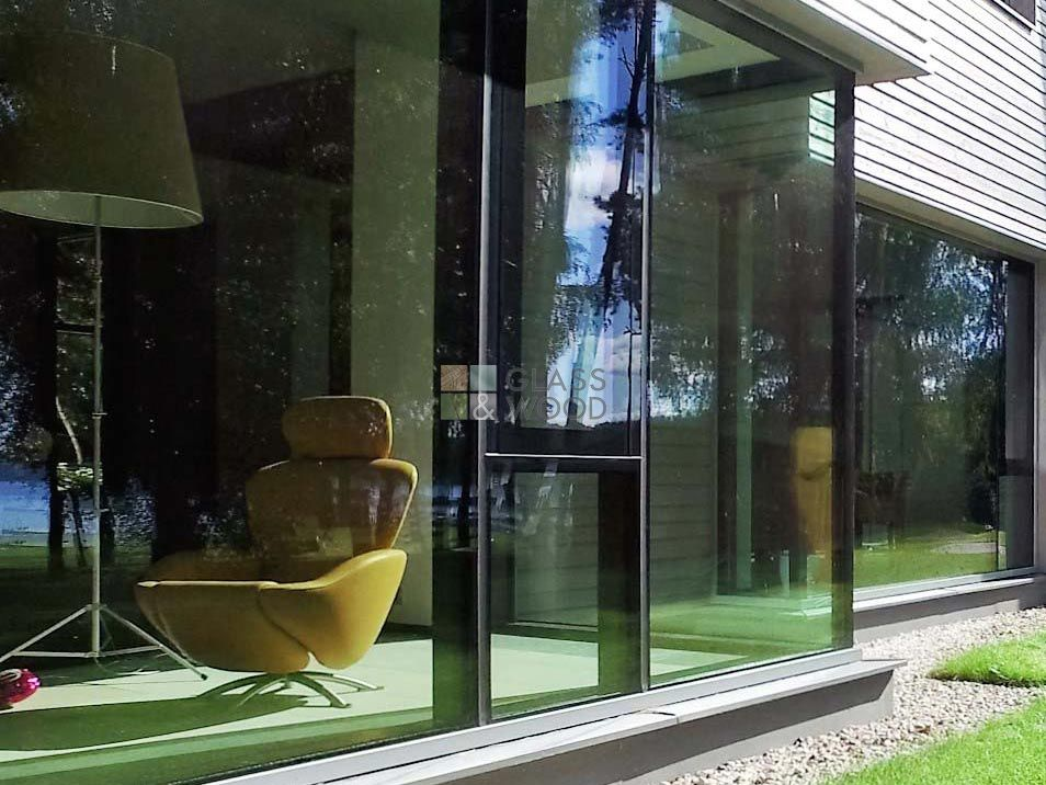 Frameless glazing