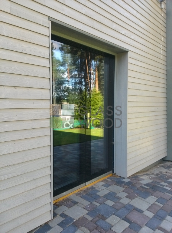 Expensiv Glass door