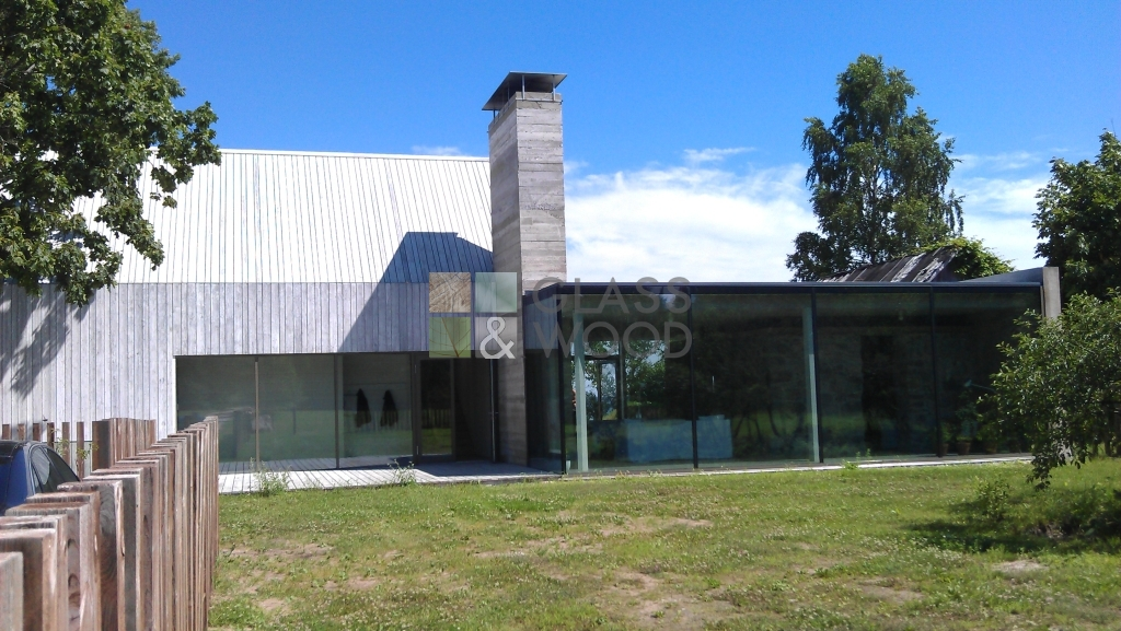 Glass construction of realized house